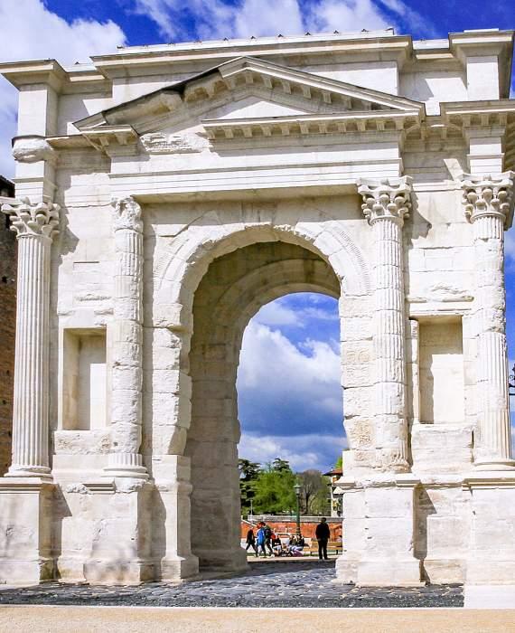 Visitare Verona - Arco dei Gavi